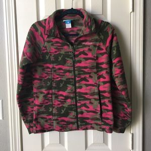 Columbia camo with pink soft coat 14/16